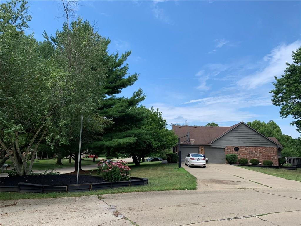 4230 E Country Lane, Greenwood, IN 46142 image #31
