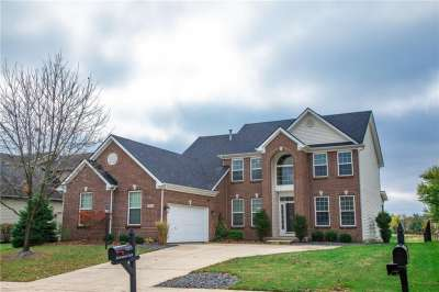 12111 Everwood Circle, Noblesville, IN 46060