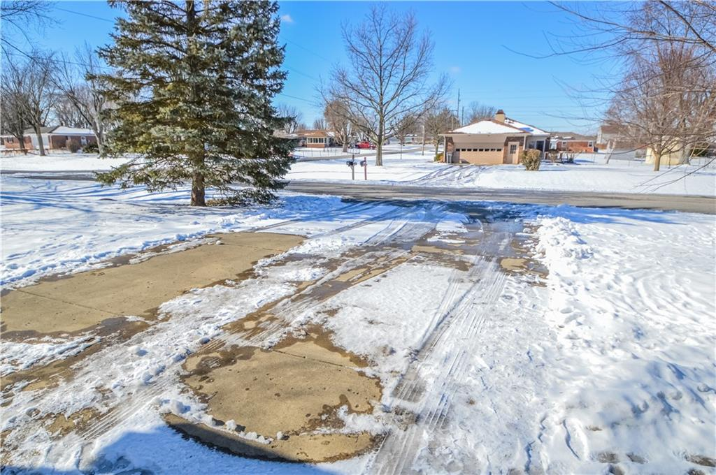4305 E Dudley North Drive, Indianapolis, IN 46237 image #3