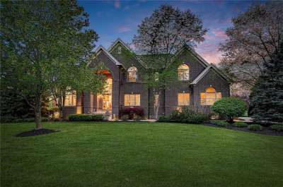 9660 W Summerlakes Drive, Carmel, IN 46032