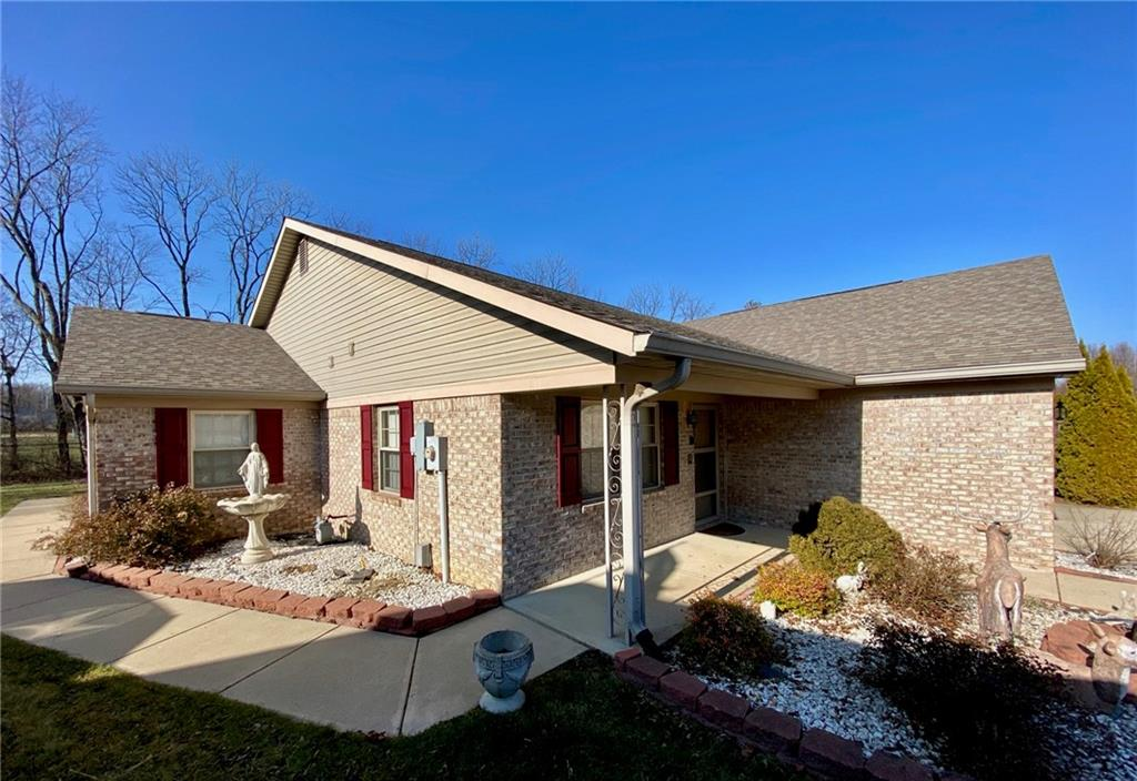 5434 Oak Harbor Court, Indianapolis, IN 46237 image #1