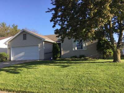 1841 Pepper Tree Lane, Columbus, IN 47203