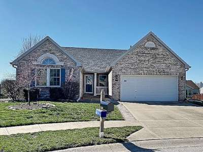 1129 N Berrywood Drive, Greenwood, IN 46143