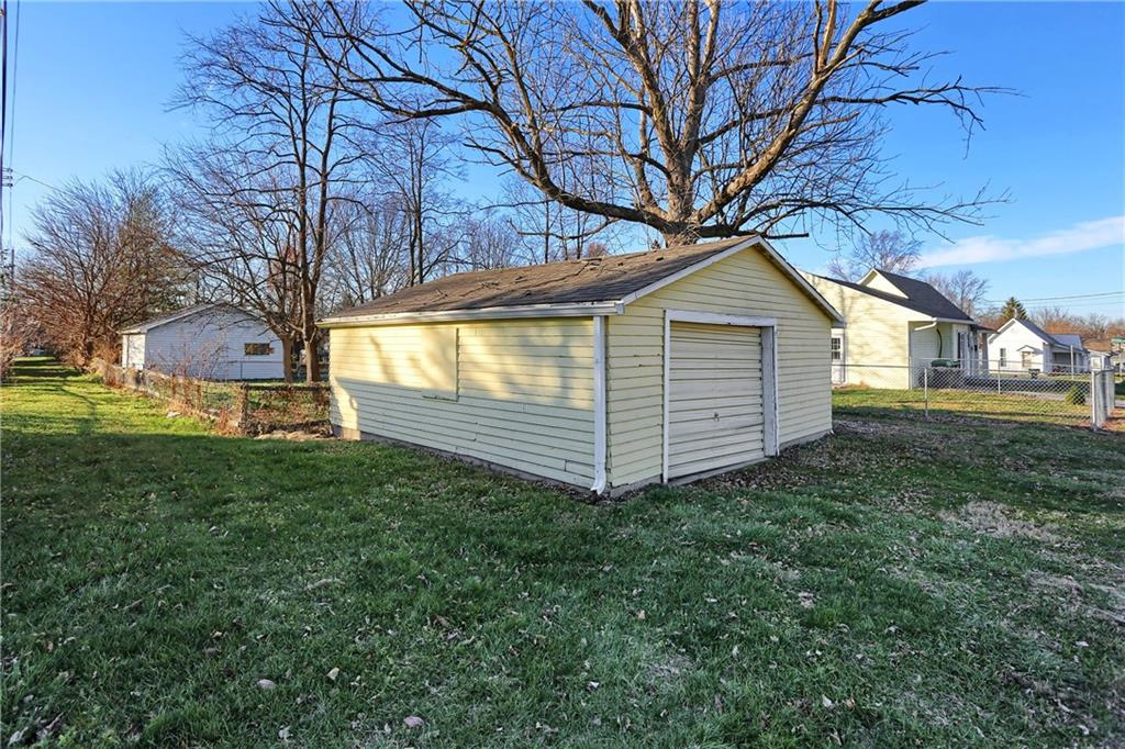 599 E Forest Avenue, Greenwood, IN 46143 image #25
