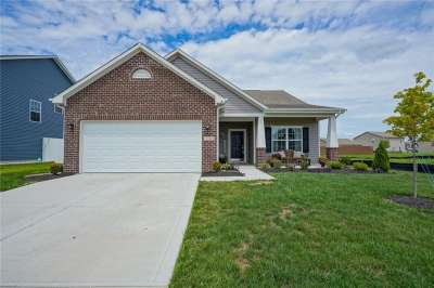 2240 E Silver Spoon Drive, Greenfield, IN 46140
