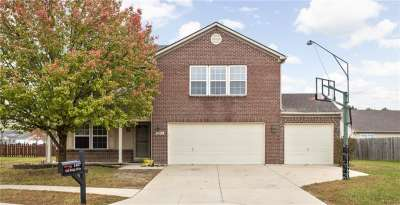 1407 W Fall Ridge Drive, Brownsburg, IN 46112