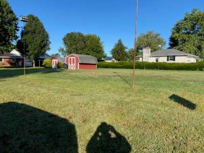2298 N Locust Court, Seymour, IN 47274