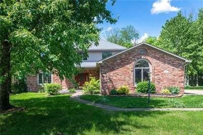 11842 S Old Stone Drive, Indianapolis, IN 46236