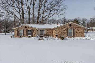 540 Lazy Lane, Greenwood, IN 46142