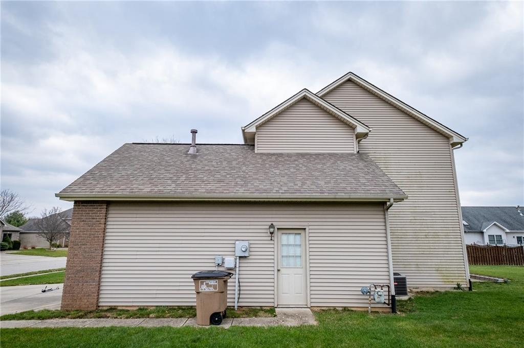 3712 S Arapahoe Trail, Columbus, IN 47203 image #28