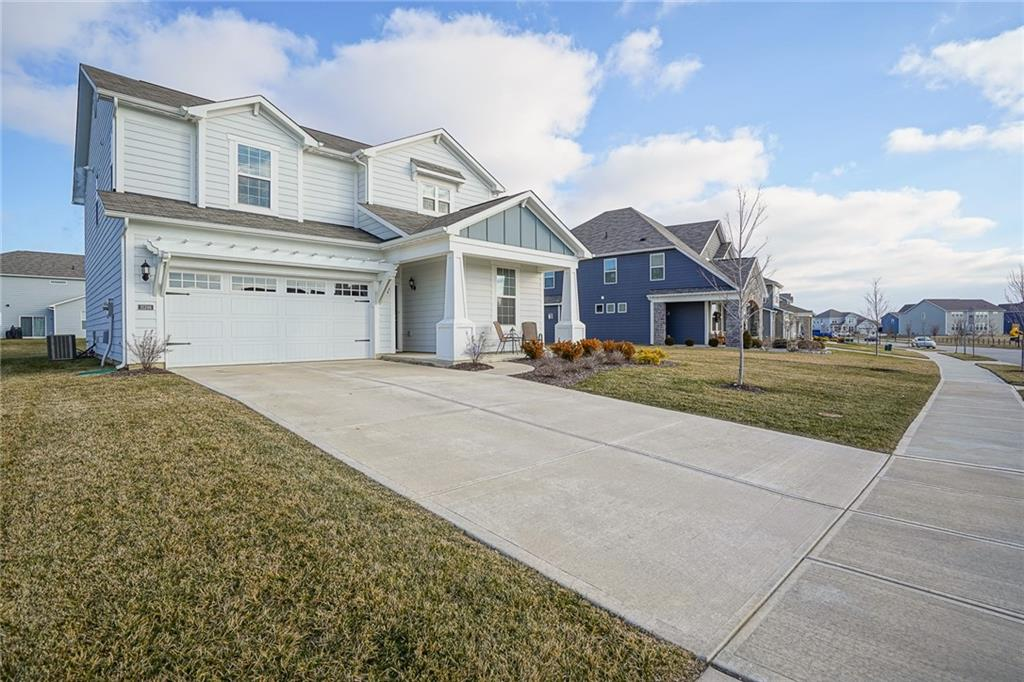 15398 S Forest Glade Drive, Fishers, IN 46037 image #2