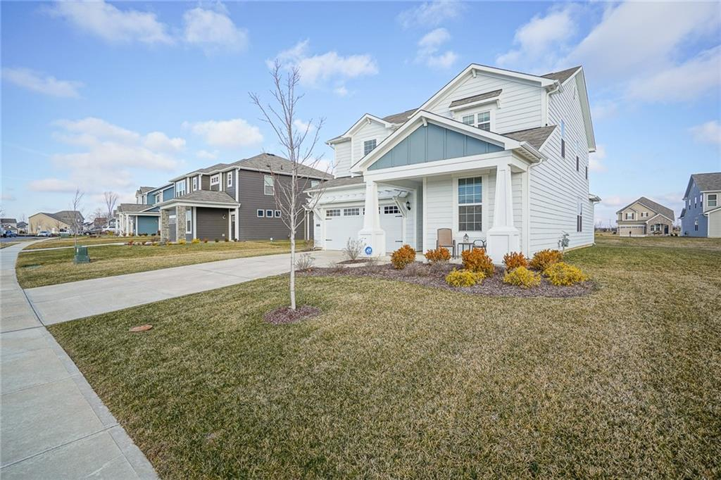 15398 S Forest Glade Drive, Fishers, IN 46037 image #3