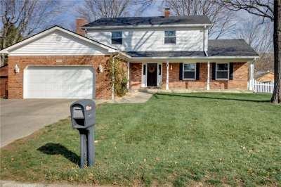 8629 W Royal Meadow Drive, Indianapolis, IN 46217