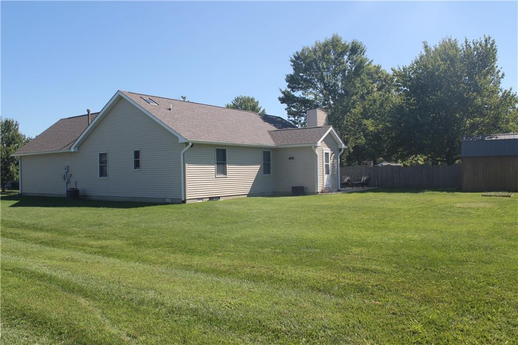 124 W Woodhaven Drive, Greencastle, IN 46135 image #2