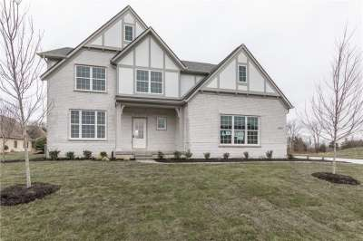 2482 S Scarlet Oak Drive, Avon, IN 46123