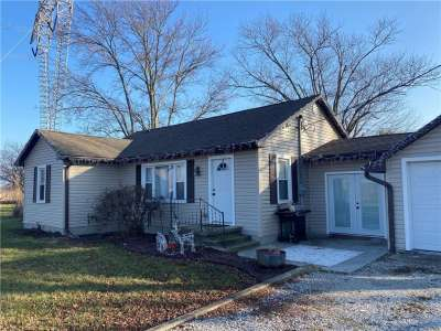 6775 E Middletown Road, Waldron, IN 46182