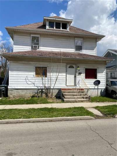 927 W Kilgore Avenue, Muncie, IN 47305