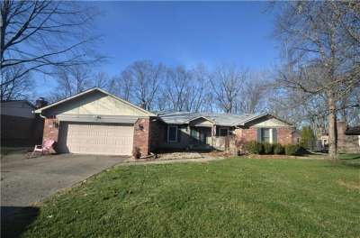 360 E Serenity Way, Greenwood, IN 46142