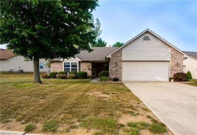 1127 N Enchanted View Drive Drive, Mooresville, IN 46158