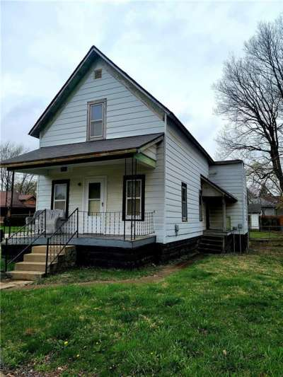 56 W Meredith Street, Frankfort, IN 46041