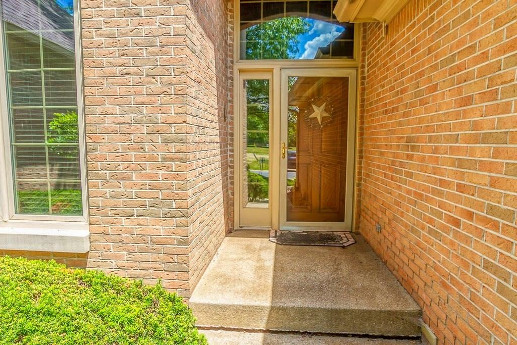 1678 Dorrell Court, Greenwood, IN 46143 image #7
