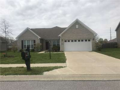 1672 E Galway Circle, Avon, IN 46123