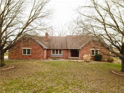 656 E Jackson Road, Greenwood, IN 46142