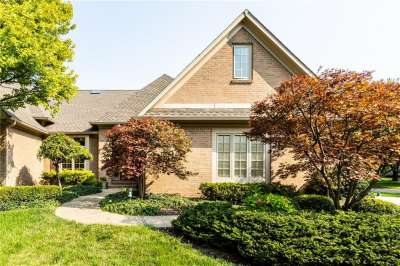 1700 N Pathway Drive, Greenwood, IN 46143