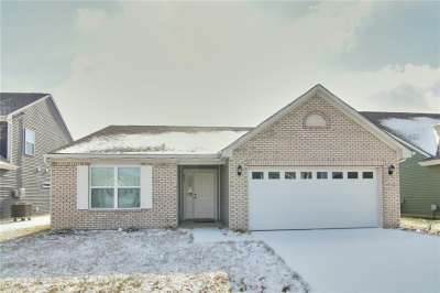 863 N Coralberry Lane, Greenwood, IN 46143