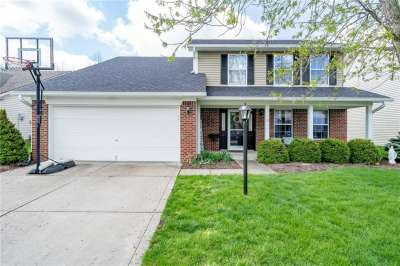 11478 S Wilderness Trail, Fishers, IN 46038