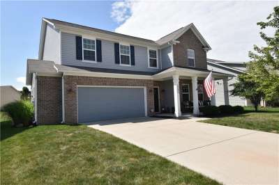 5595 W Crestview Trail, McCordsville, IN 46055