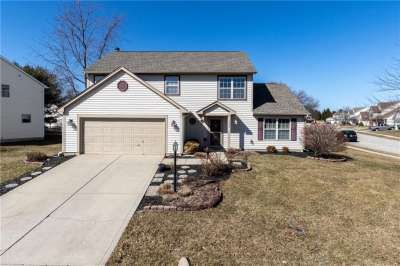 10090 S Touchstone Drive, Fishers, IN 46038