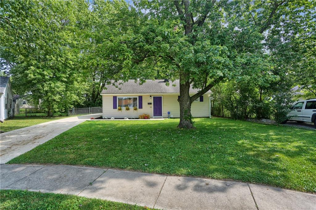 114 E Hall Court, Greenwood, IN 46142 image #3