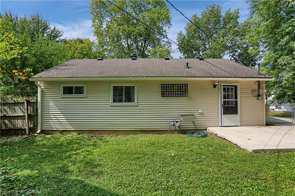 114 E Hall Court, Greenwood, IN 46142 image #40