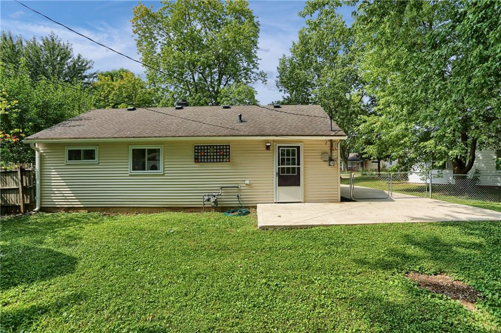 114 E Hall Court, Greenwood, IN 46142 image #41
