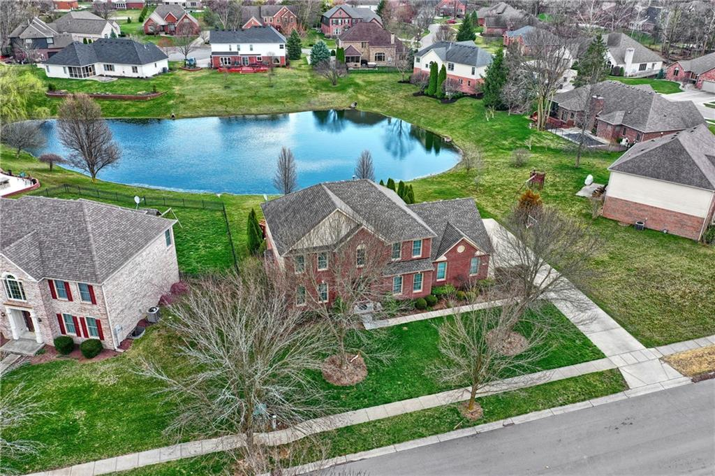 4233 Dartmoor Drive, Greenwood, IN 46143 image #32