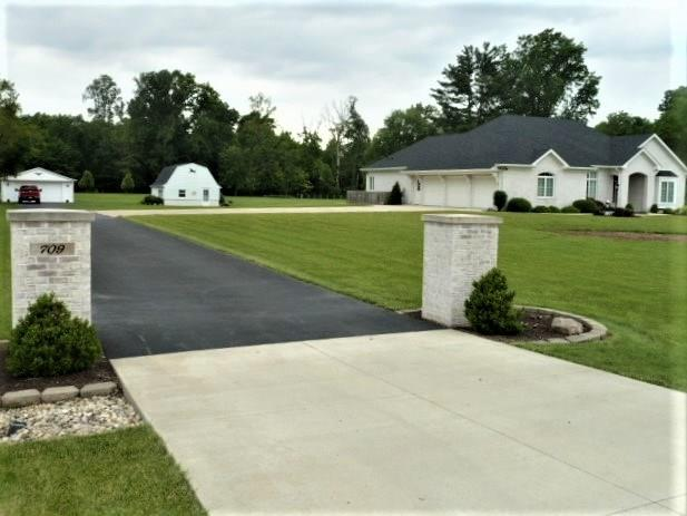 709 West Us Highway 36 Pendleton In Home For Sale Mswoods