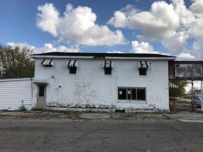 2702 S Broad Street, New Castle, IN 47362