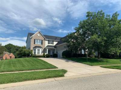 4301 Chase Circle, Zionsville, IN 46077