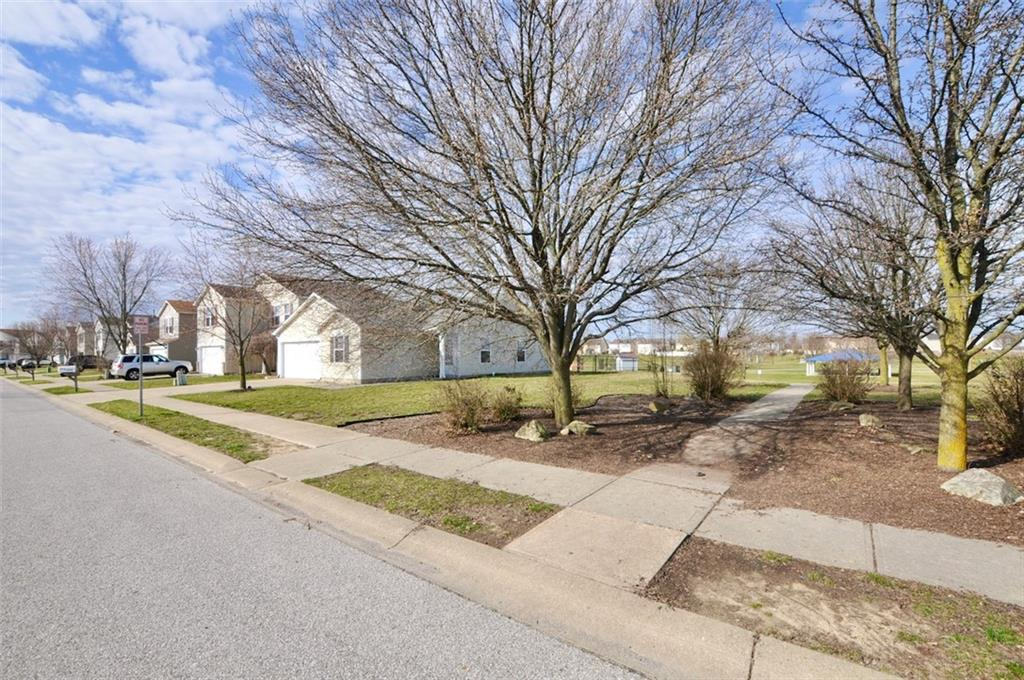 2202 N Summer Breeze Way, Greenwood, IN 46143 image #29