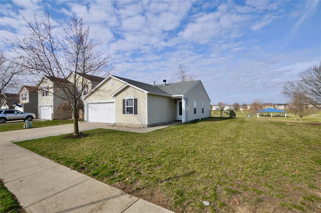 2202 N Summer Breeze Way, Greenwood, IN 46143 image #30