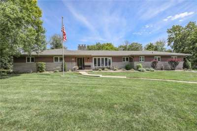8433 N Valley Estates Drive, Indianapolis, IN 46227