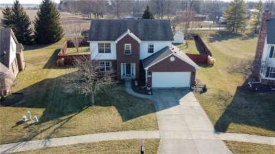 988 S Windhaven Court, New Palestine, IN 46163
