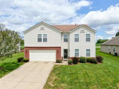 10316 N Lyric Drive, Indianapolis, IN 46235
