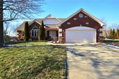 390 N Linden Ridge Trail, Greenwood, IN 46142