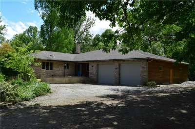 2488 W 575 Road, Vallonia, IN 47281