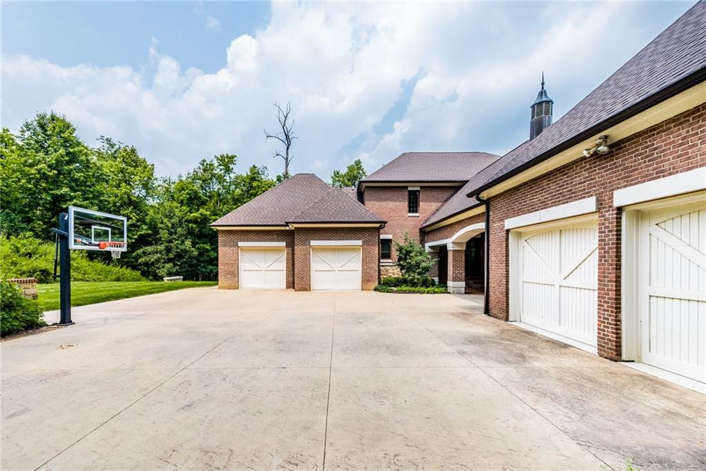 8090 W Sargent Road, Indianapolis, IN 46256 image #3