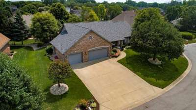 135 Hawthorne Lane, Greenwood, IN 46142