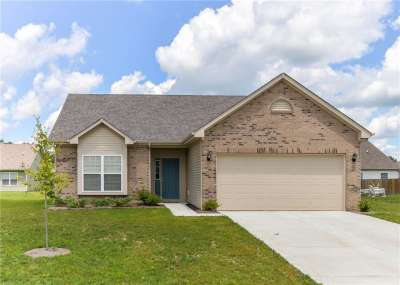 4348 Ringstead Way, Indianapolis, IN 46235