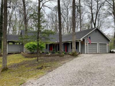 1244 N Kersey Lane, Greencastle, IN 46135